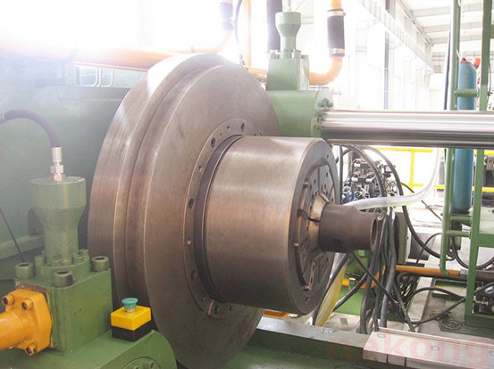 160 tons inertial friction welding machine